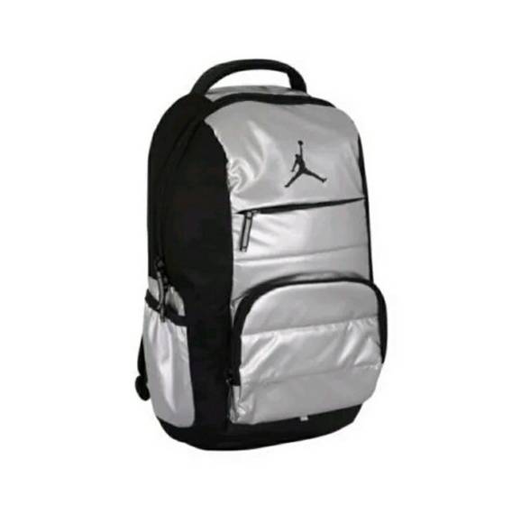 cff39dd703ee NWT Jordan Metallic Silver Black Backpack